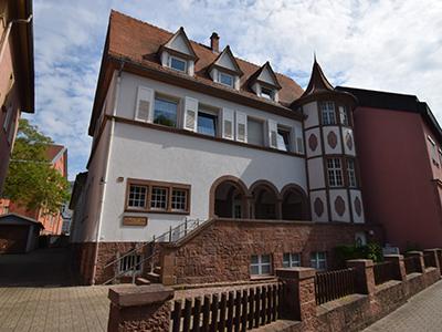 Caspar-Hedio-Haus - AK Asyl Ettlingen