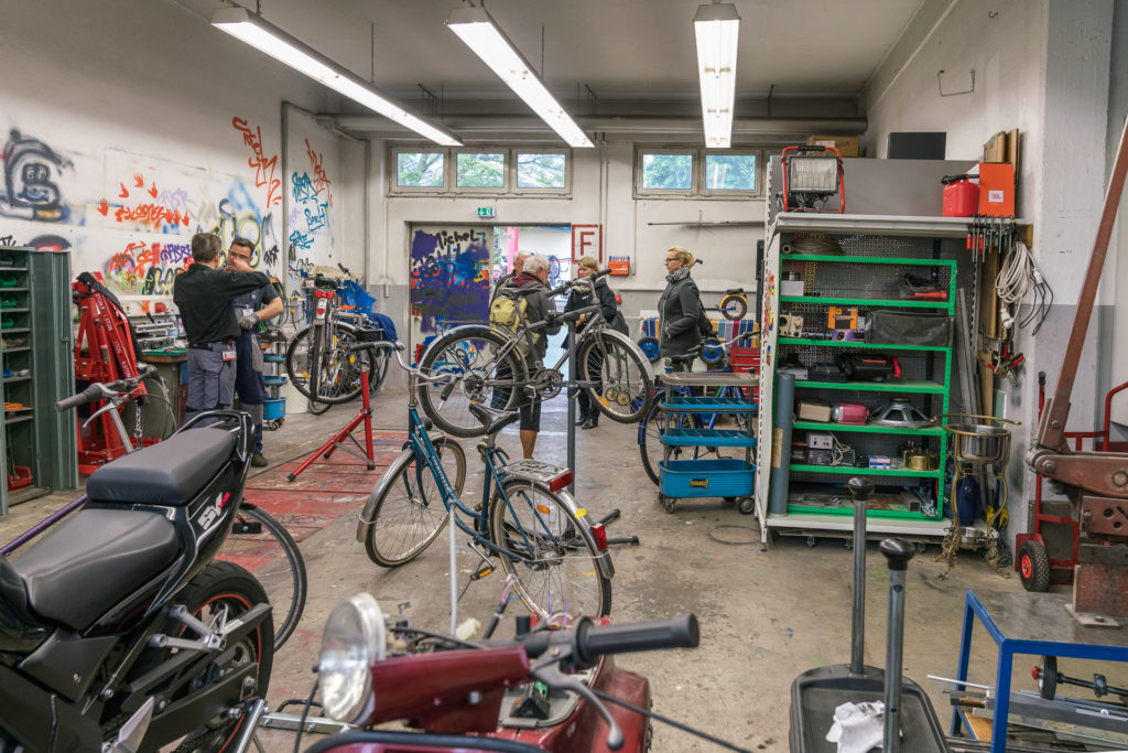 Fahrradwerkstatt AK Asyl im Specht