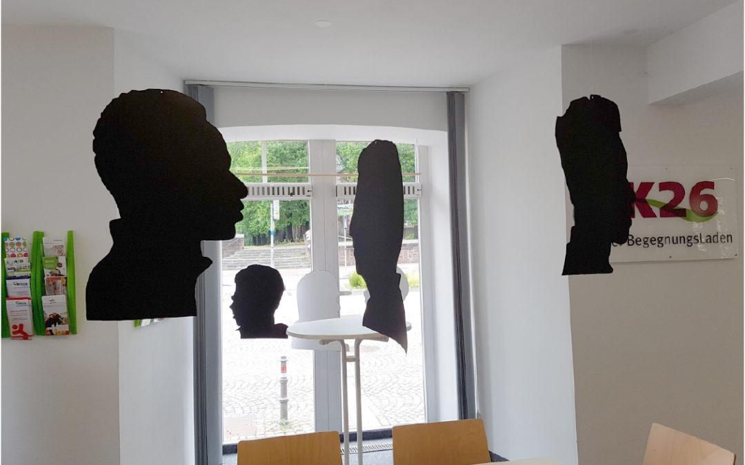 """Ausstellung """"Wir sind mehr als Schatten"""" im K26"""